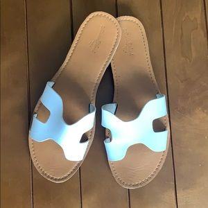 Universal Thread White Sandals